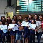 1º Soletrando Sant'Terê distribui certificados aos alunos e premia com livros os vencedores.