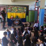 Educação Infantil tem aula de trânsito com teatrinho de marionetes da Guarda Municipal!